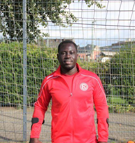 Düsseldorf Spieler Setonji Ogunbiji