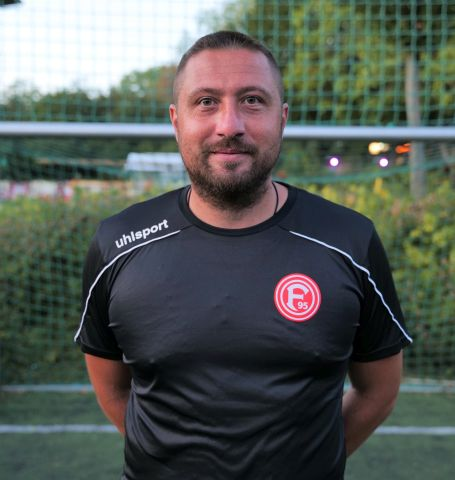 Düsseldorf Trainer Sinisa Nedeljkovic