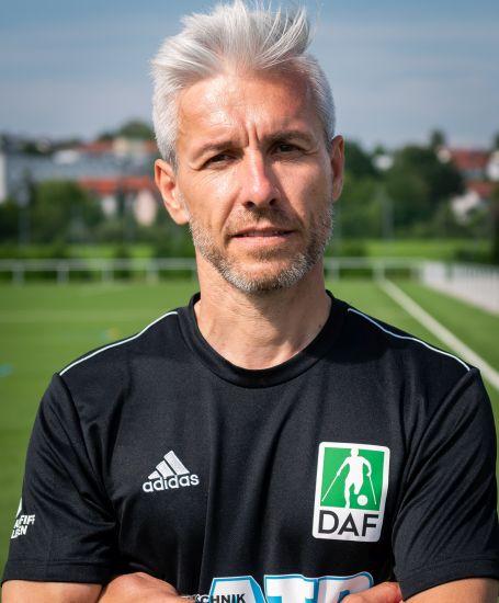 Einzelportrait Co-Trainer Arpad Huber