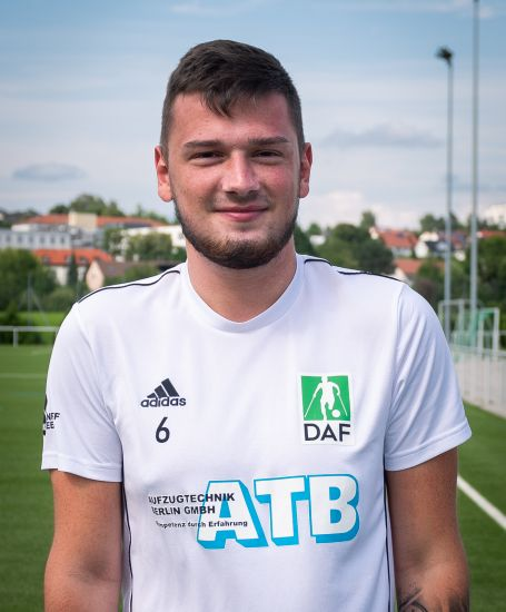 Einzelportrait Nationalspieler Florian Fischer