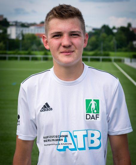 Einzelportrait Nationalspieler Jonas Lappe